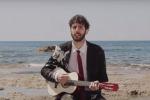 L'ironia pungente di Federico Cimini sbarca a Licata - Video