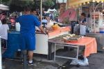 Bancarelle, cibo da strada, vie del Cassaro piene: ecco i colori del Festino - Foto