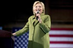 """Hillary conquista la nomination: """"Potrei essere la prima donna presidente"""""""