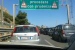 Incidenti stradali a Termini Imerese e a Messina: in fiamme un tir in autostrada