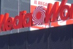 Nuovo Mediaworld a Palermo, protestano gli ex dipendenti di Max Living rimasti fuori - video