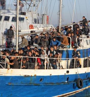Tunisia sventa sbarchi verso l'Italia, arrestato trafficante: attirava estremisti islamici