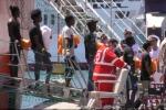 Migranti, domani a Palermo sbarcheranno in 1273