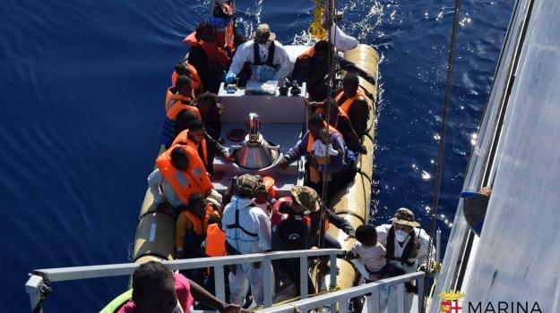 immigrazione, migranti, soccorsi, Sicilia, Migranti e orrori