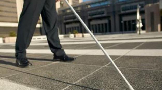 falsi ciechi, falsi invalidi, truffa, truffa falsi invalidi, Sicilia, Cronaca