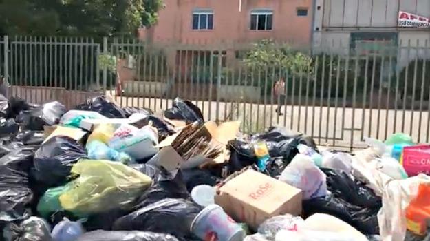carini, rifiuti, Palermo, Cronaca