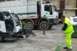 Differenziata a Palermo, mezzi guasti: raccolta dei rifiuti a singhiozzo in centro