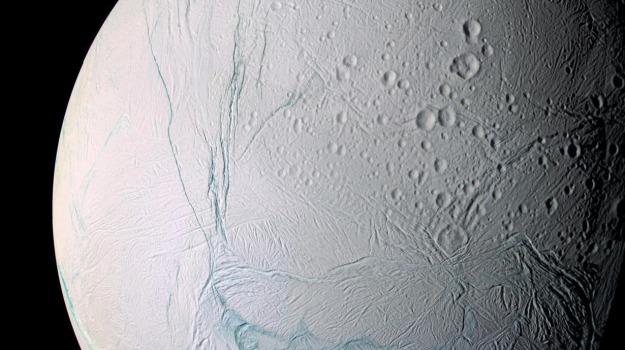 Saturno Encelado, Sicilia, Cronache tra le Stelle