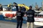 Sbarco di migranti a Catania, fermati 2 presunti scafisti gambiani