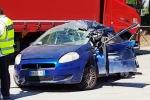 Incidente in autostrada, le terribili immagini dal parcheggio Costa Gaia - Video