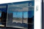 Palermo, ragazzi lanciano sassi contro un tram: mezzo fuori uso