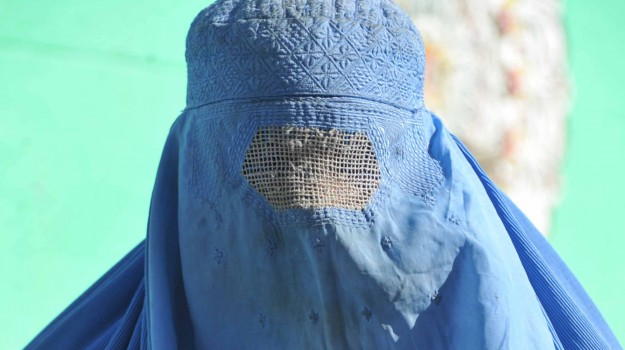 burqa, Sicilia, Mondo