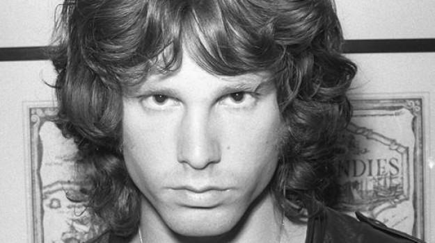 Jim Morrison, Sicilia, Società