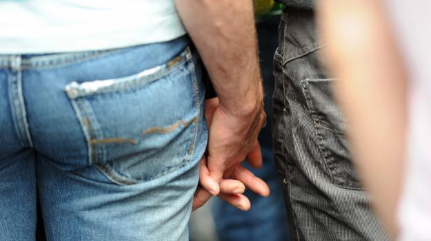 Coppie gay Catania, Catania, Società