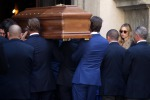 Parenti e amici per l'ultimo saluto a Marta Marzotto: le foto del funerale