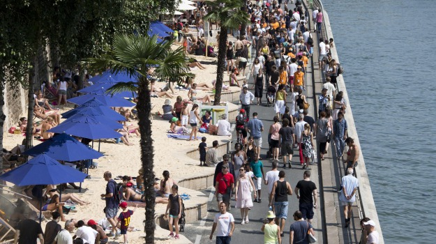 attentati, francia, Isis, Paris Plages, terrorismo, Sicilia, Mondo