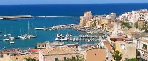 Coalizione unica nel centrodestra: a Castellammare c'è Area Comune
