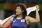"""Felice per la sua medaglia d'oro a Rio, atleta """"picchia"""" il suo allenatore: il video è virale"""