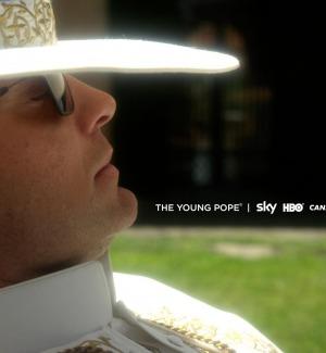 Un po' d'Italia agli Emmy Awards, tra i candidati The Young Pope di Sorrentino