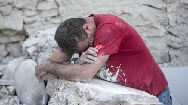 arquata del tronto, terremoto, Sicilia, Cronaca