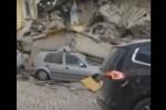 """""""Tutto distrutto in dieci secondi"""", macerie e disperazione ad Amatrice - Video"""