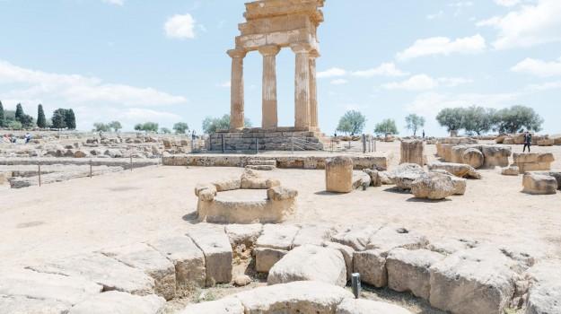 turisti, Valle dei Templi, Agrigento, Cultura