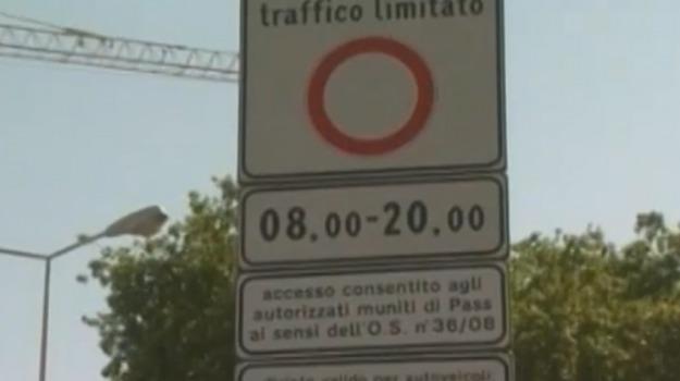 raccolta firme, ztl a Palermo, Nadia Spallitta, Palermo, Politica