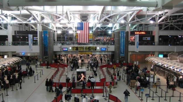 Aeroporto, falso allarme, spari, terrorismo, Sicilia, Mondo