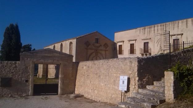 collina del convento scicli, Ragusa, Economia