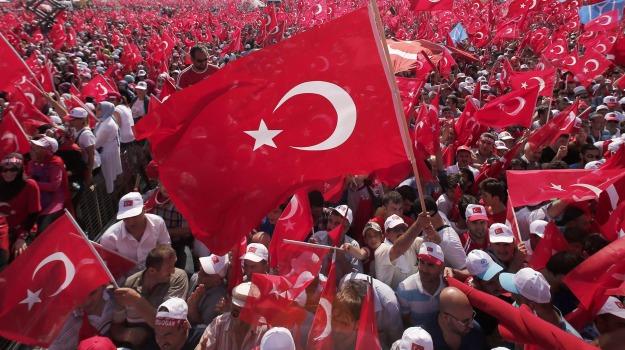 corteo pro erdogan, Turchia, Recep Tayyip Erdogan, Sicilia, Mondo