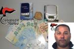 Cocaina in tasca, un uomo fermato all'imbarco per Marettimo
