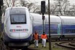 Francia, otto feriti per incidente in treno