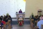 Gela, rose rosse ai funerali della donna morta nel rogo di casa - Video