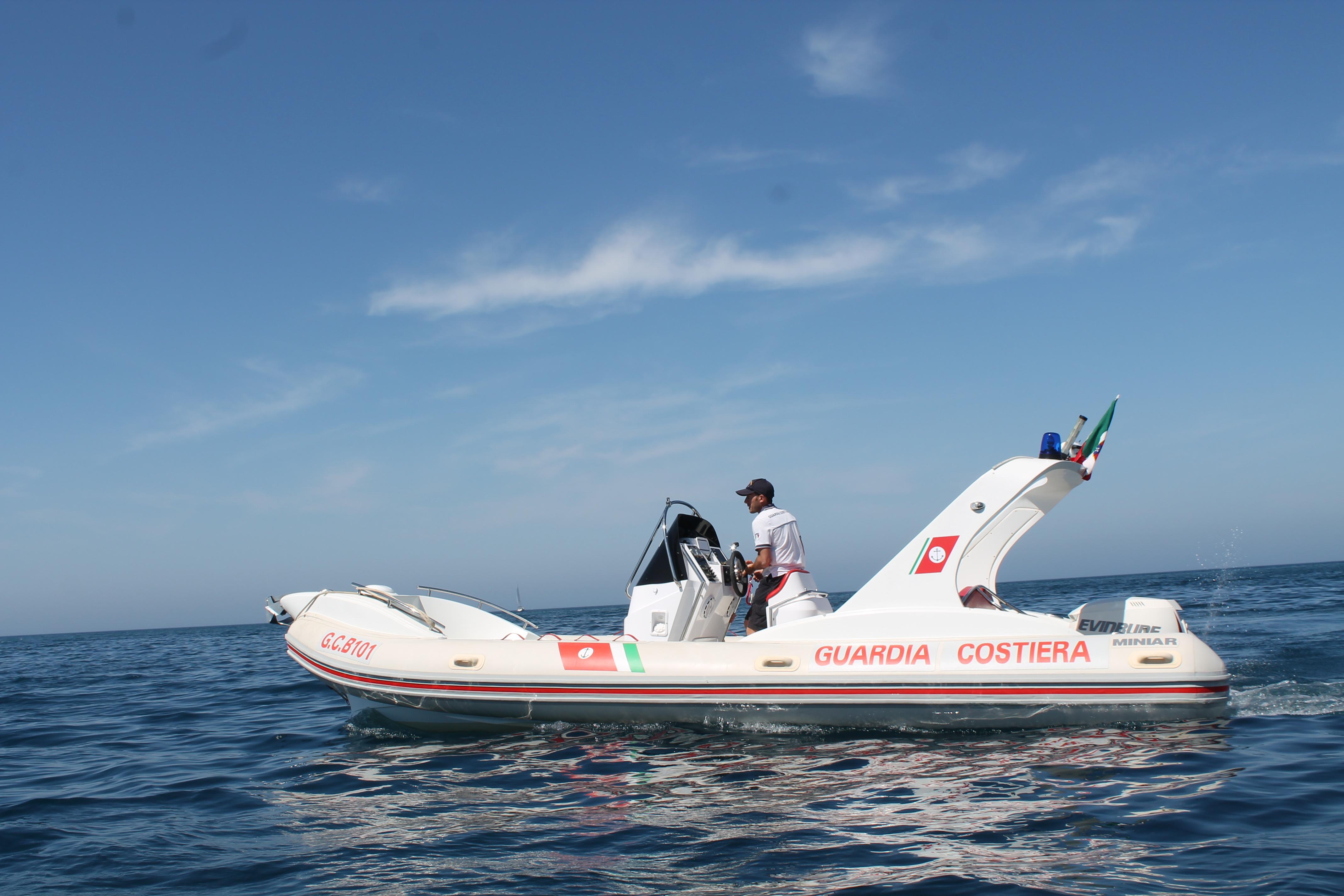Affonda barca a Riposto, un disperso