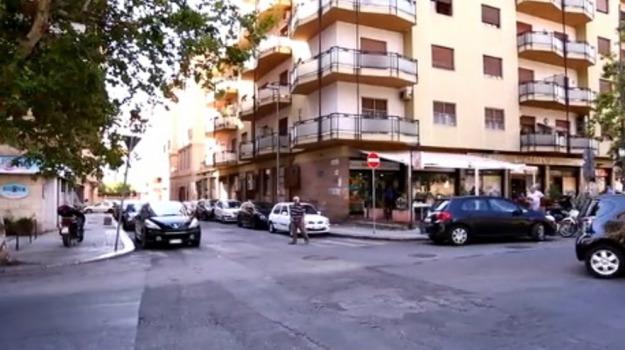auto, feriti, Incidenti, Moto, Palermo, Cronaca