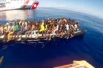 Migranti, salvati in 1300 nel Canale di Sicilia