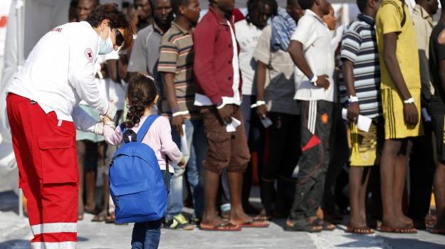 migranti, pozzallo, Ragusa, Politica