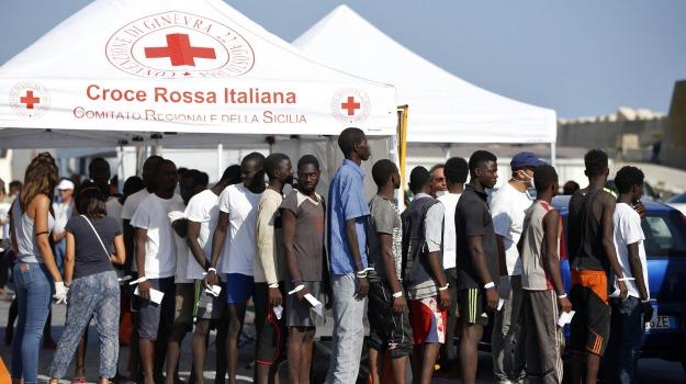 migrante morto per fame, migrante morto pozzallo, Ragusa, Cronaca