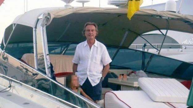 mondello, spiaggia, yacht, Luca Cordero di Montezemolo, Sicilia, Società