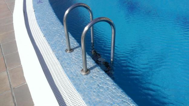 piscina comunale trapani, Trapani, Cronaca