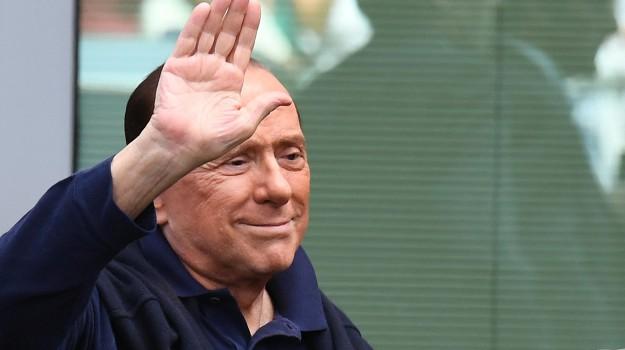 cavaliere, legittimo impedimento, processo ruby-ter, Silvio Berlusconi, Sicilia, Politica