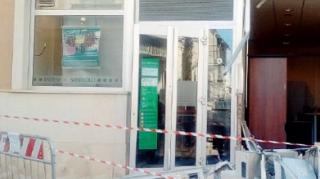 bancomat, ladri, Caltanissetta, Cronaca