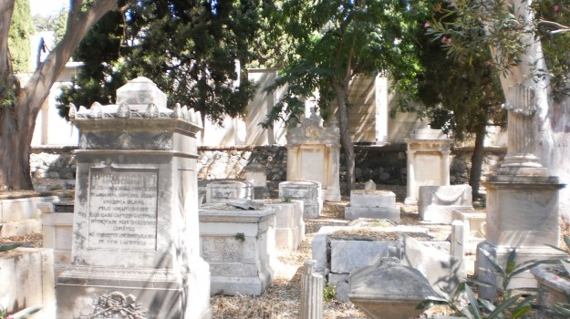 Cimitero, Sciacca, Agrigento, Economia