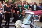 Si sposa Cristel la figlia di Al Bano, assente la Lecciso: l'arrivo in chiesa