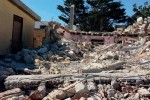 Licata, demolisce la sua casa anche il «capo» degli abusivi