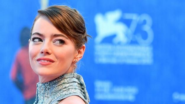 appello, attrice, Emma Stone, Sicilia, Società