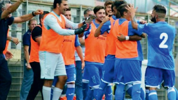 Calcio, Gela, Caltanissetta, Sport