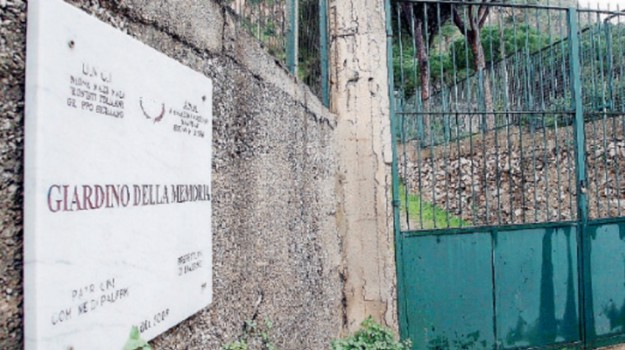 giardino della memoria, unci, vittime di mafia, Palermo, Cronaca