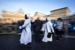 Madre Teresa, fedeli in marcia a Roma per la canonizzazione: le foto