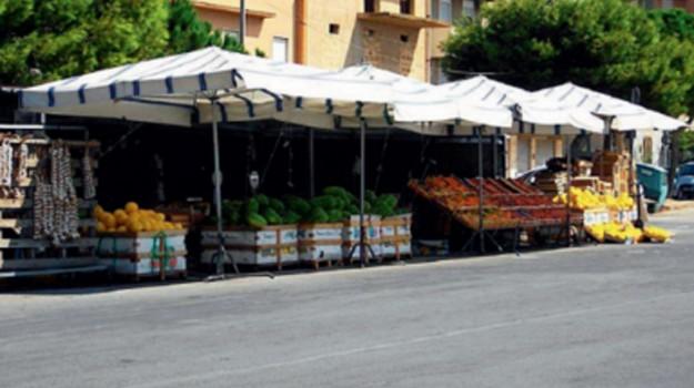 caltanissetta trasporto frutta e verdura, Caltanissetta, Economia